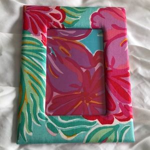 Lilly Pulitzer 4x6 standing picture frame